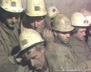 Minatorët në grevë urie - Shkurt 1989