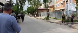 Troje policajaca poginulo u Kumanovu, okršaji traju