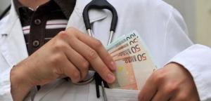 Coleman: Bez davanja mita ne možete dobiti zdravstvenu zaštitu na Kosovu