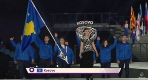 Majlinda Kelmendi nosila zastavu Kosova na svečanom otvaranju EI