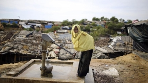 Rohingya in Bangladesh camps lack access to clean water