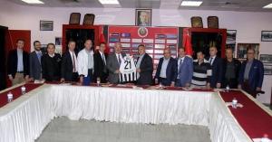 """Liria ile Gençlerbirliği """"Kardeş Kulüp"""" protokolü imzaladı"""