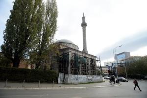 Kosova'da en eski Osmanlı eserlerinden biri olan Sultan Murat (Çarşı) Camisi'nin restorasyonunu TİKA yapacak