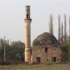 Makedonya'nın kuzeyindeki Kumanova'nın Tabanovce köyünde bulunan Koca Mehmet Bey Camisi, bir asırdan daha uzun bir süredir ibadete kapalı. (Foto 6 nga 6 foto).